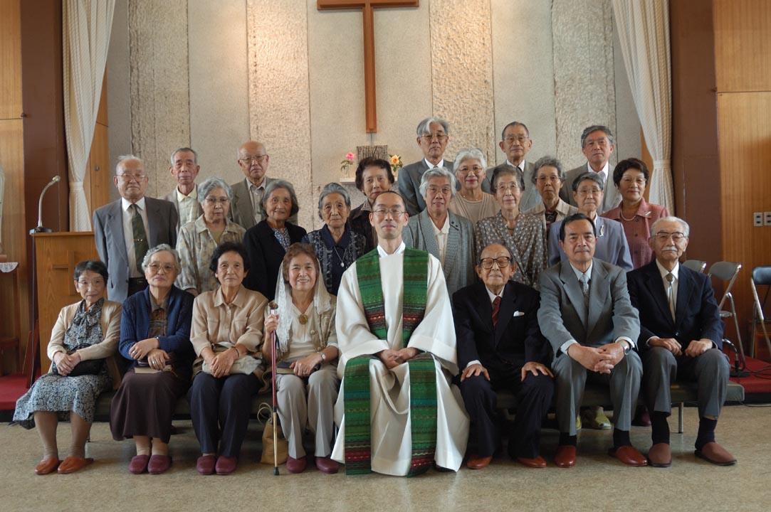 20060917god_bless_the_aged_04